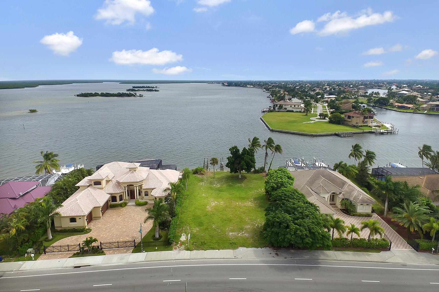 Terreno para Venda às MARCO ISLAND 1389 Collier Blvd Marco Island, Florida 34145 Estados Unidos
