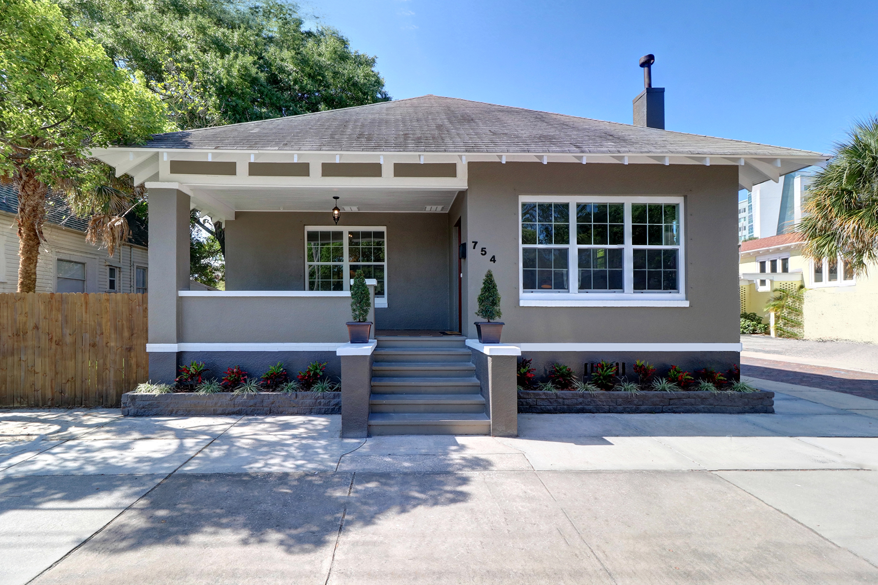 Single Family Home for Sale at DOWNTOWN ST PETE 754 4th Ave N St. Petersburg, Florida, 33701 United States