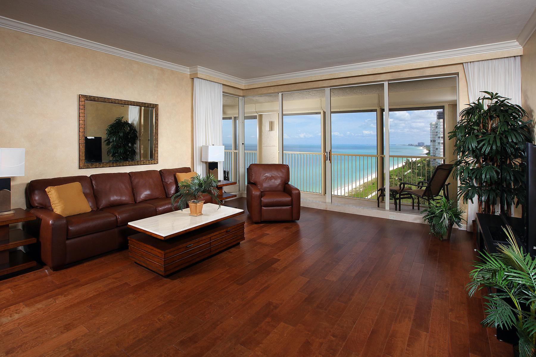 Condomínio para Venda às LA MER - PARK SHORE 4051 Gulf Shore Blvd N 1401 Naples, Florida 34103 Estados Unidos