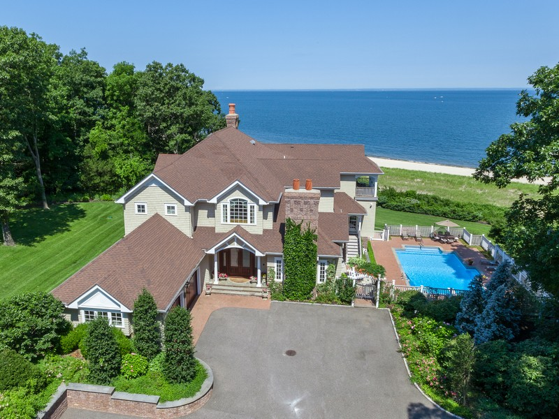 Single Family Home for Sale at Post Modern 7 Pheasant Run Nissequogue, New York 11780 United States