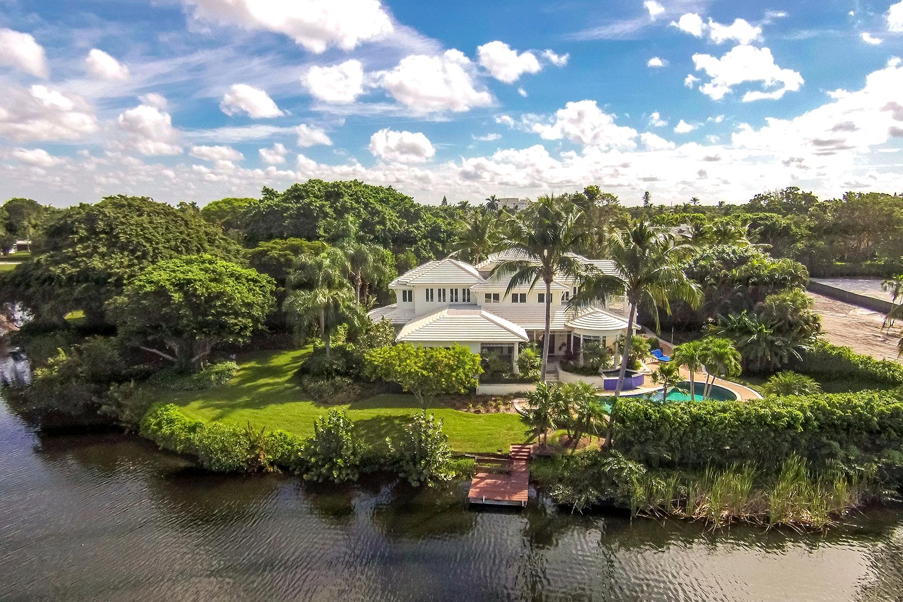 Casa para uma família para Venda às OLDE NAPLES 575 3rd St N Naples, Florida, 34102 Estados Unidos