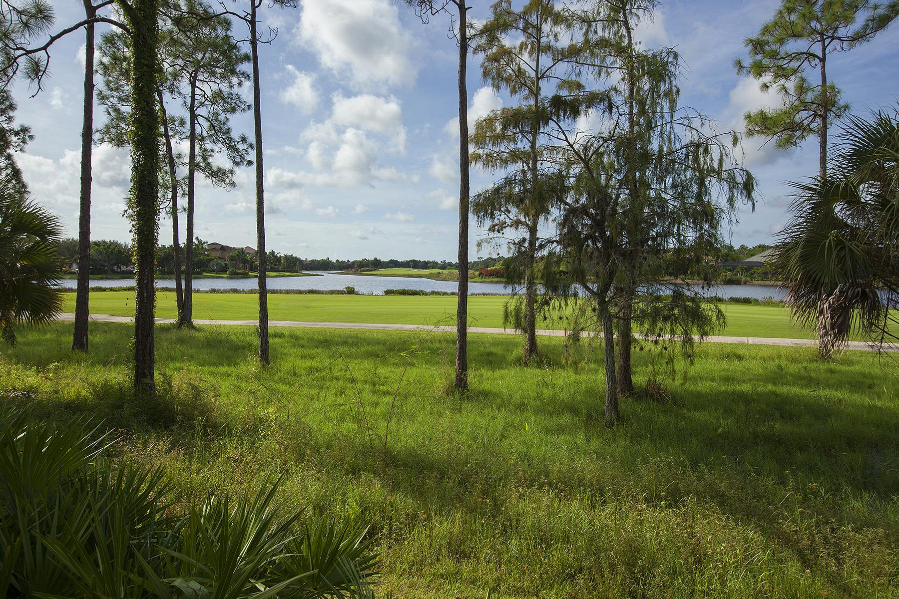 Condominio por un Venta en FIDDLERS CREEK - DEER CROSSING 3930 Deer Crossing Ct 104 Naples, Florida, 34114 Estados Unidos