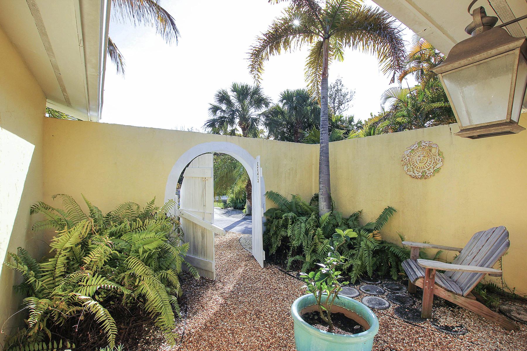 Single Family Home for Sale at SANIBEL 535 Birdsong Pl, Sanibel, Florida 33957 United States