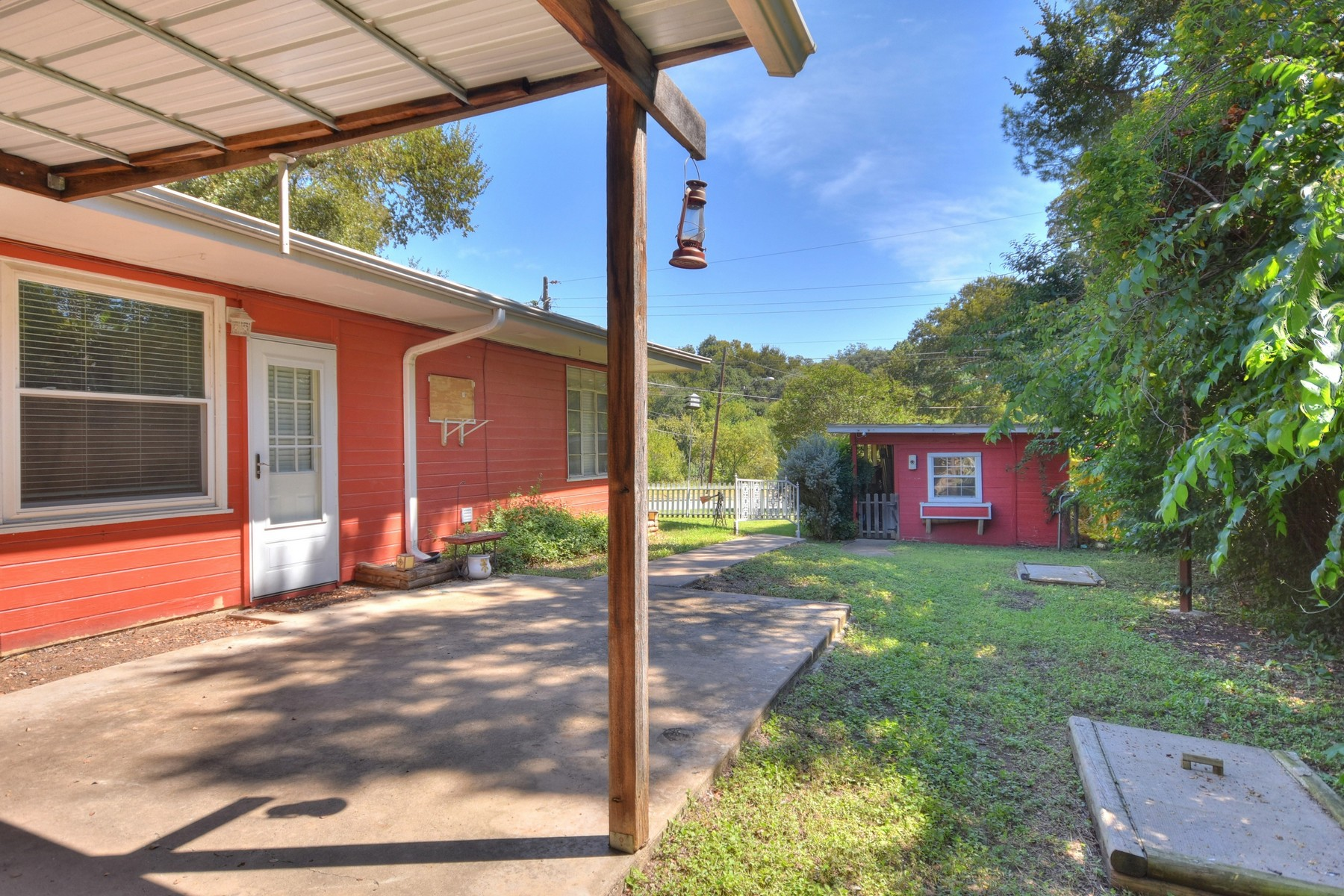 Additional photo for property listing at Hidden Gem in Ridgelea! 4103 Ridgelea Dr Austin, Texas 78731 Estados Unidos