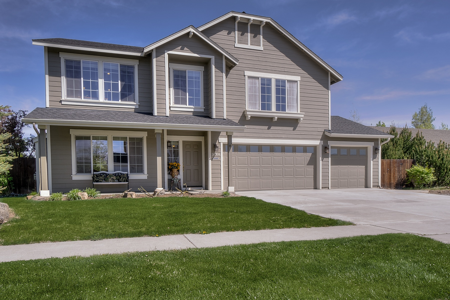 sales property at Spacious 2-Story in NE Bend