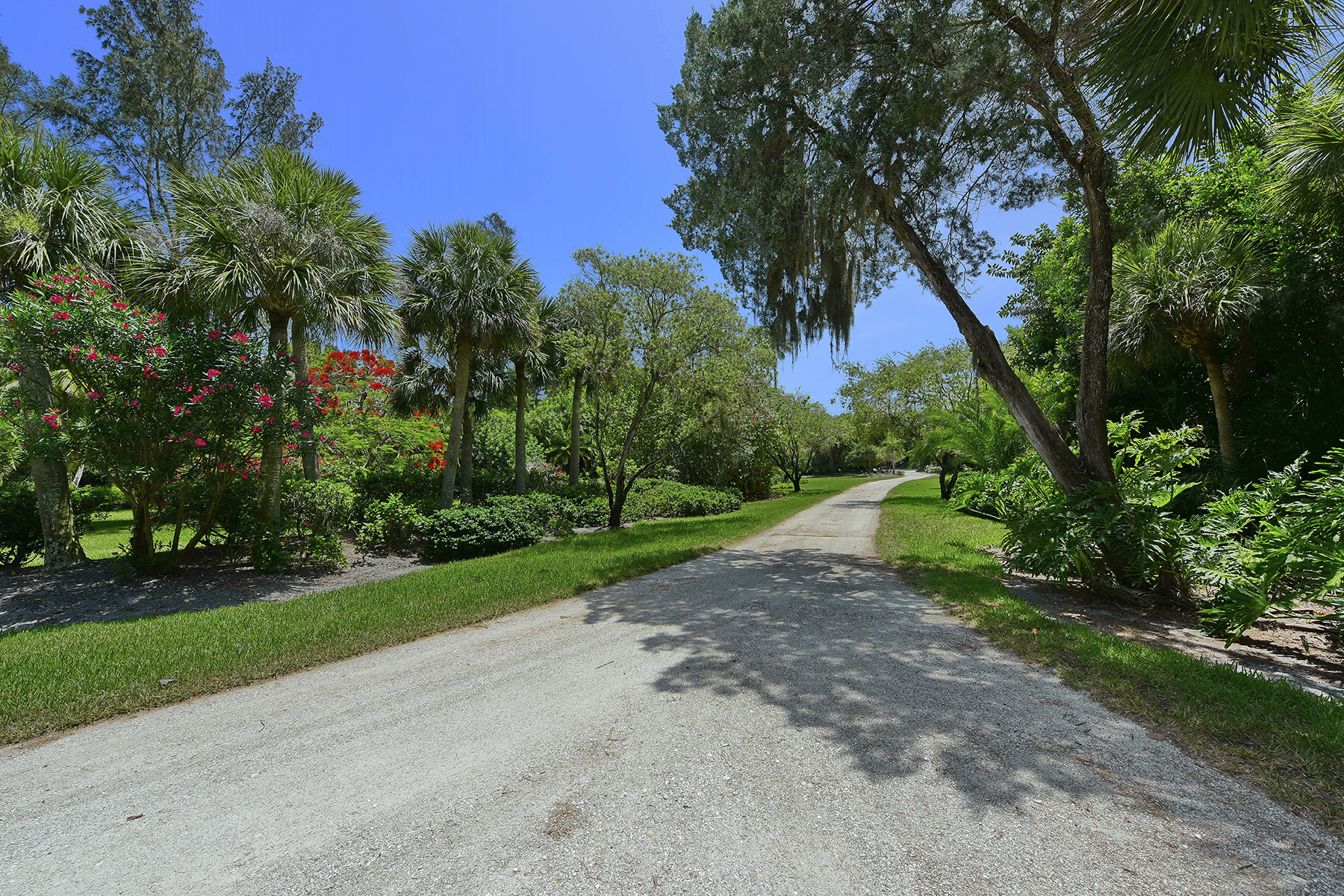Terrain pour l Vente à LONGBOAT KEY 4 ACRES 6680 Gulf Of Mexico Dr 3 & 4 Longboat Key, Florida, 34228 États-Unis