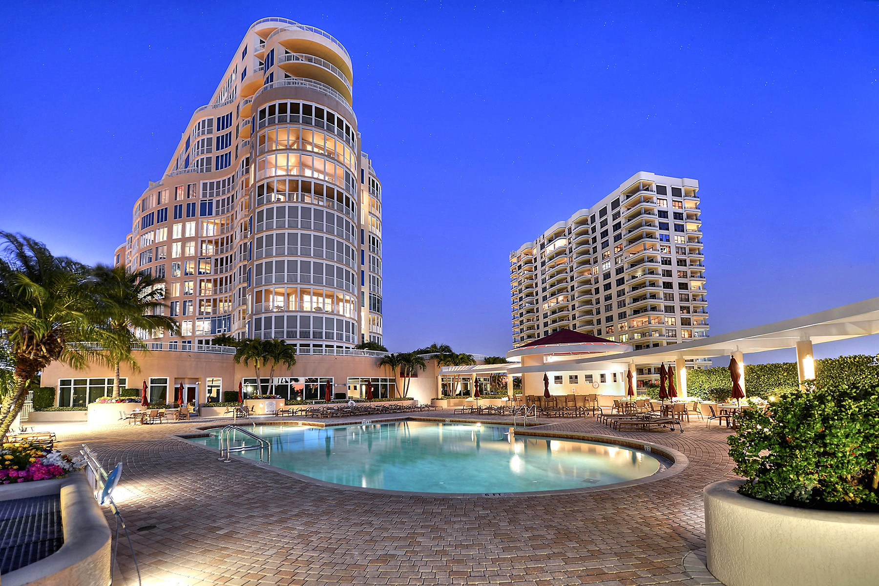 Condominium for Sale at PARK SHORE - ARIA 4501 Gulf Shore Blvd N 601 Naples, Florida 34103 United States