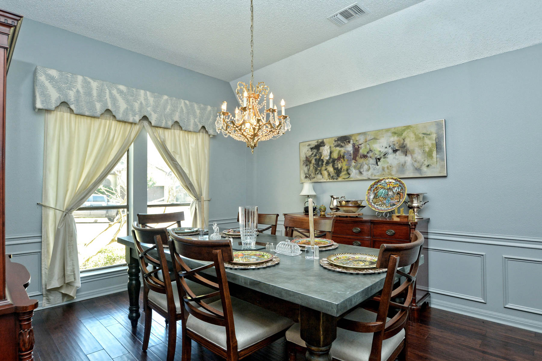 Additional photo for property listing at Elegant Home in Whispering Oaks 11415 Whisper Breeze San Antonio, Texas 78230 United States