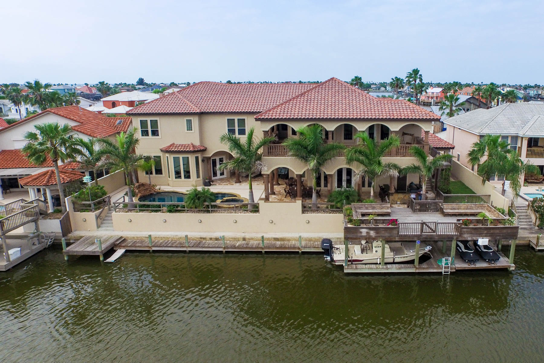 Additional photo for property listing at Breathtaking Estate in Corpus Christi 13725 Three Fathoms Bank Dr Corpus Christi, Texas 78418 Estados Unidos