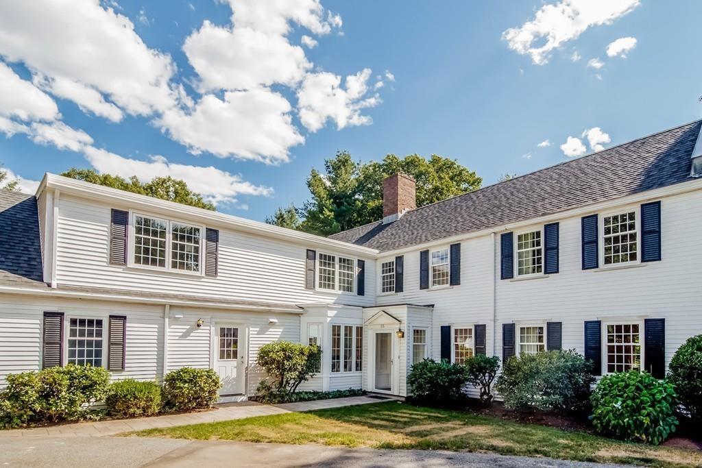 Single Family Home for Sale at 66 Fairgreen Pl 66, Brookline Brookline, Massachusetts, 02467 United States