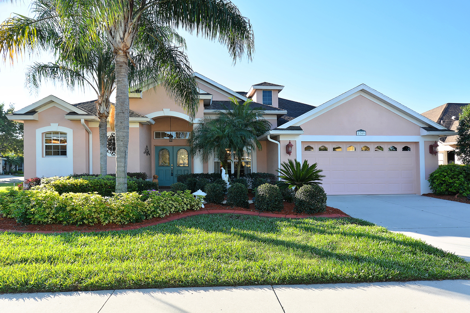 Single Family Home for Sale at PARKWOOD VILLAS 8709 29th St E Parrish, Florida 34219 United States