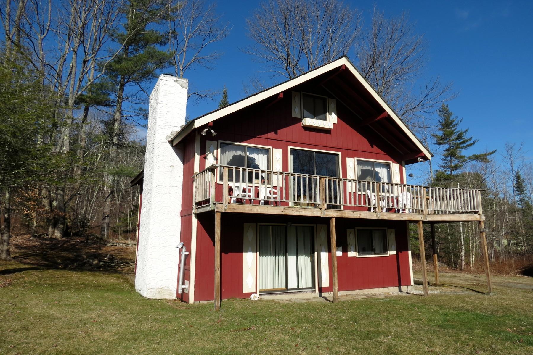 Частный односемейный дом для того Продажа на Easy Access to the Mountains 2691 Route 100 Londonderry, Вермонт, 05155 Соединенные Штаты