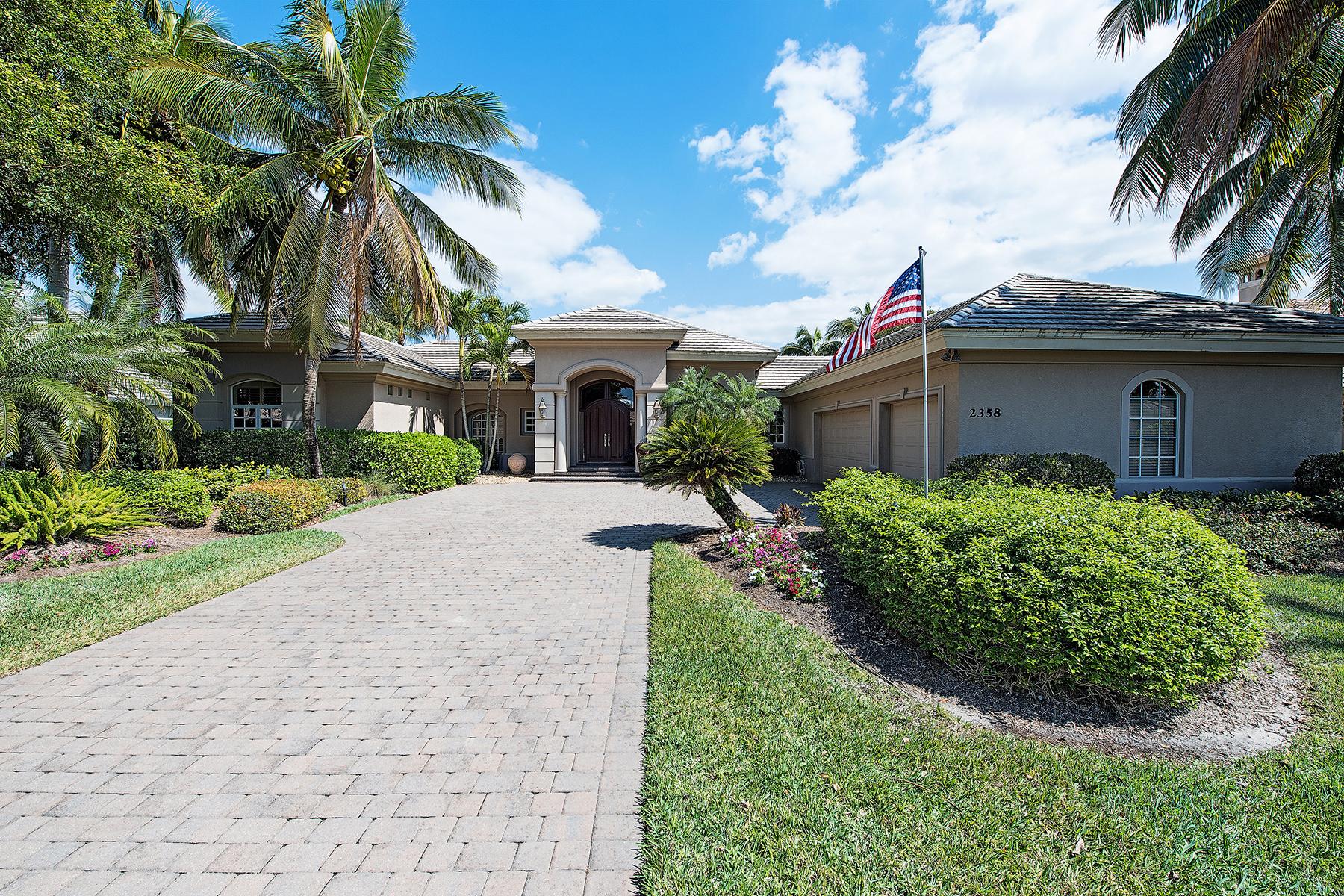 Casa para uma família para Venda às Naples 2358 Alexander Palm Dr Naples, Florida, 34105 Estados Unidos