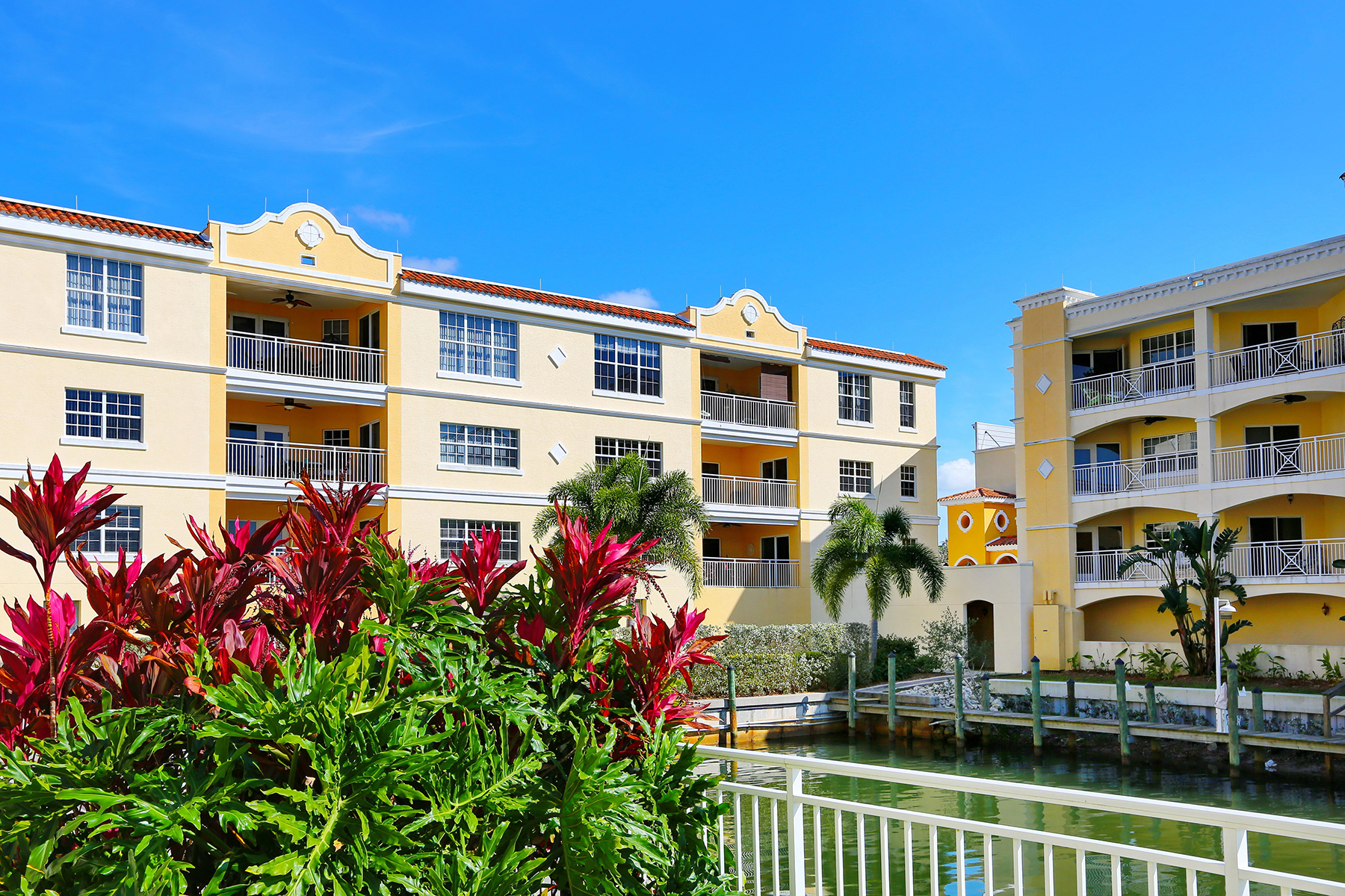 Copropriété pour l Vente à THE VILLAS AT OSPREY HARBOR 14041 Bellagio Way 315 Osprey, Florida, 34229 États-Unis