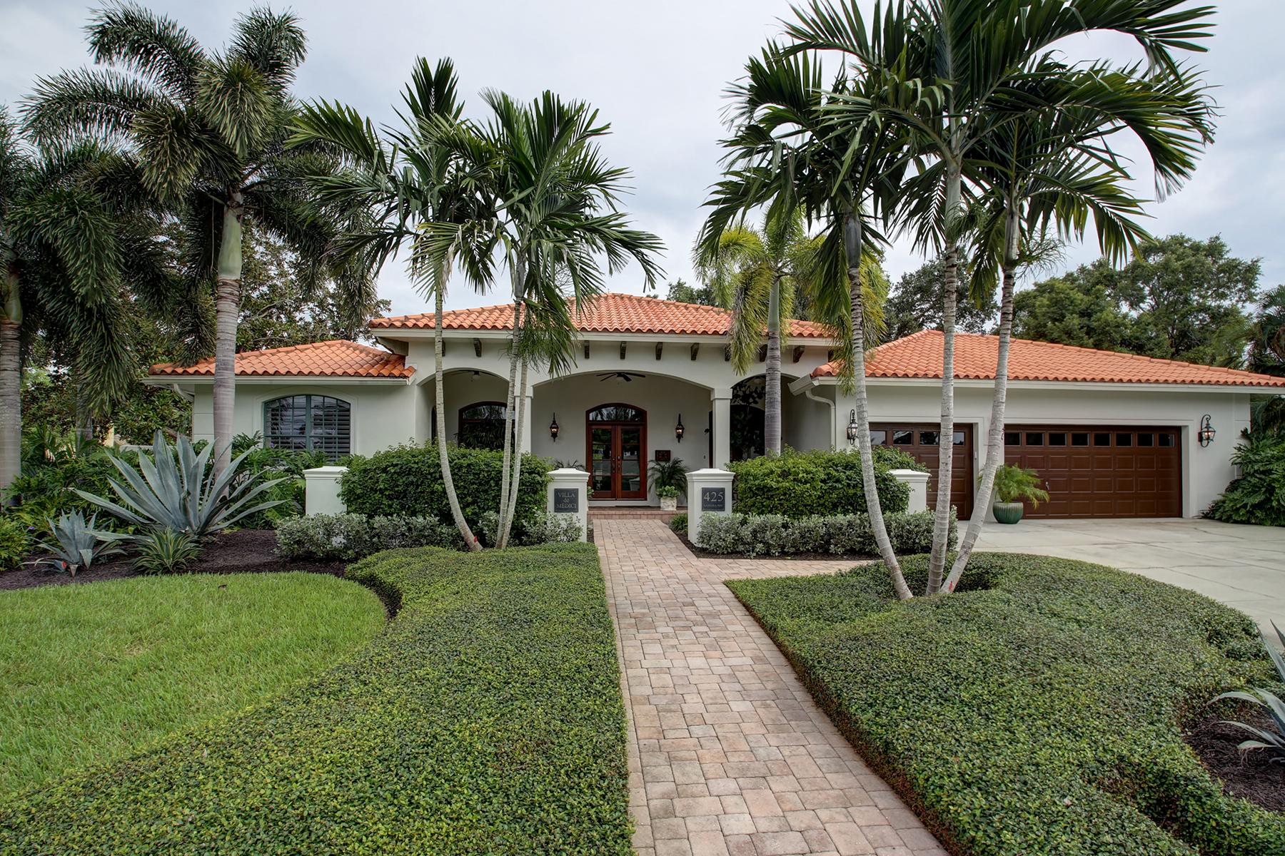 Vivienda unifamiliar por un Venta en SNELL ISLE 425 Lamara Way NE Snell Isle, St. Petersburg, Florida 33704 Estados Unidos