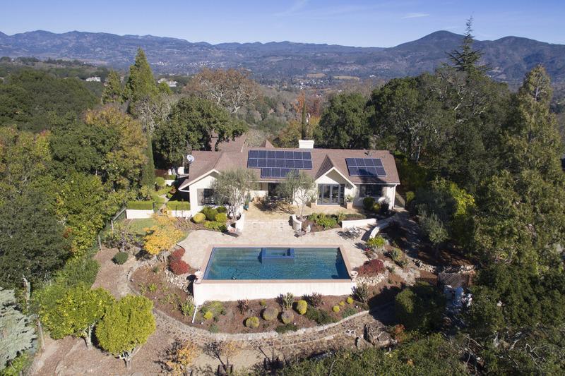 Single Family Home for Sale at 608 Montecito Blvd, Napa, CA 94559 608 Montecito Blvd Napa, California 94559 United States