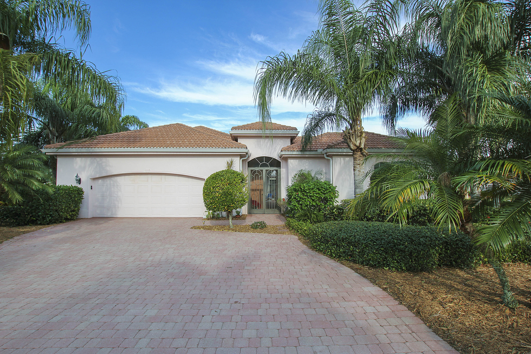 Property For Sale at 15146 Portside Dr , Fort Myers, FL 33908