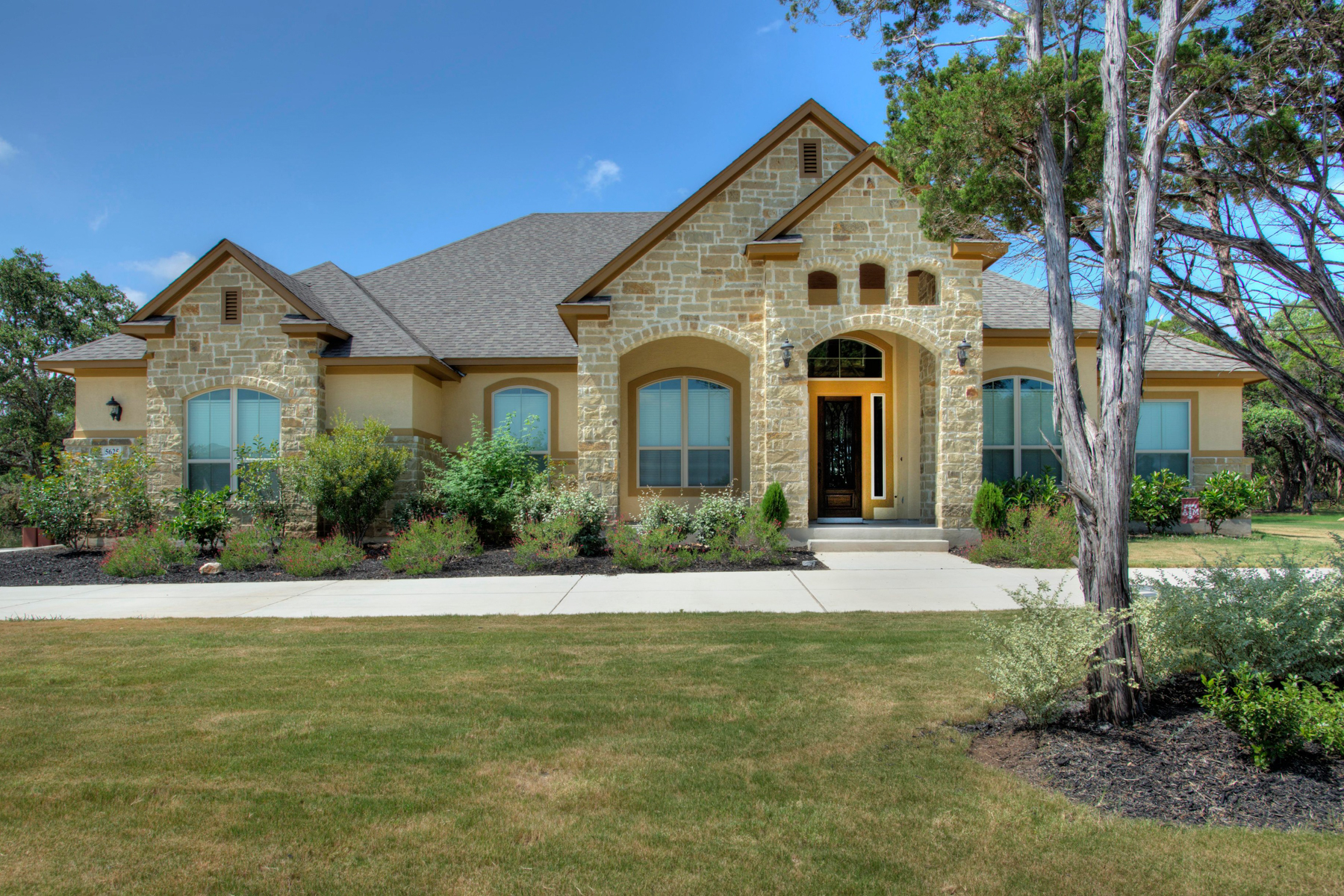 Single Family Home for Sale at Gorgeous Home in Copper Creek 5625 Copper Crk New Braunfels, Texas 78132 United States