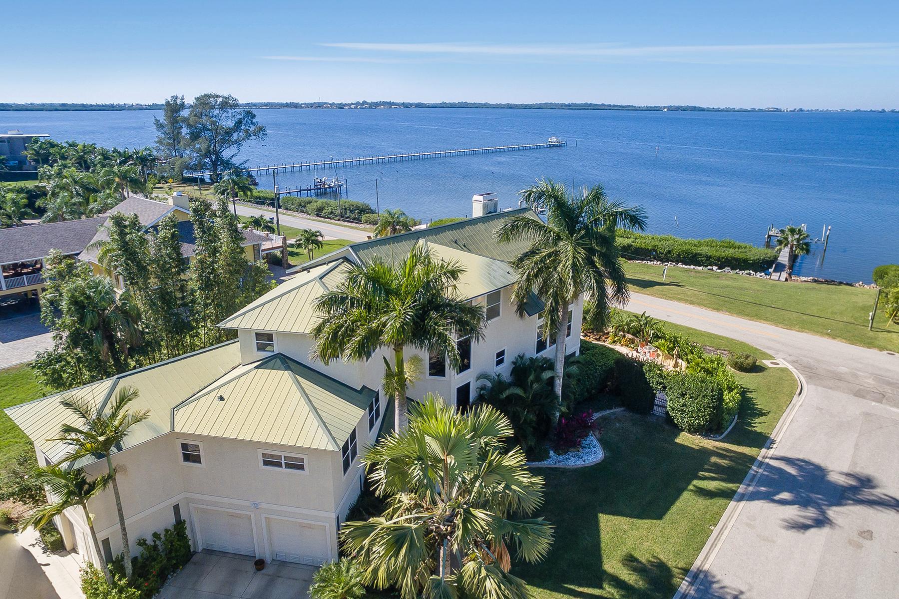 獨棟家庭住宅 為 出售 在 BRADENTON 1703 Palma Sola Blvd Bradenton, 佛羅里達州, 34209 美國