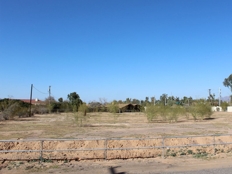Земля для того Продажа на Fantastic 2 Acre Paradise Valley Homesite 8818 N Scottsdale Rd #0 Paradise Valley, Аризона 85253 Соединенные Штаты