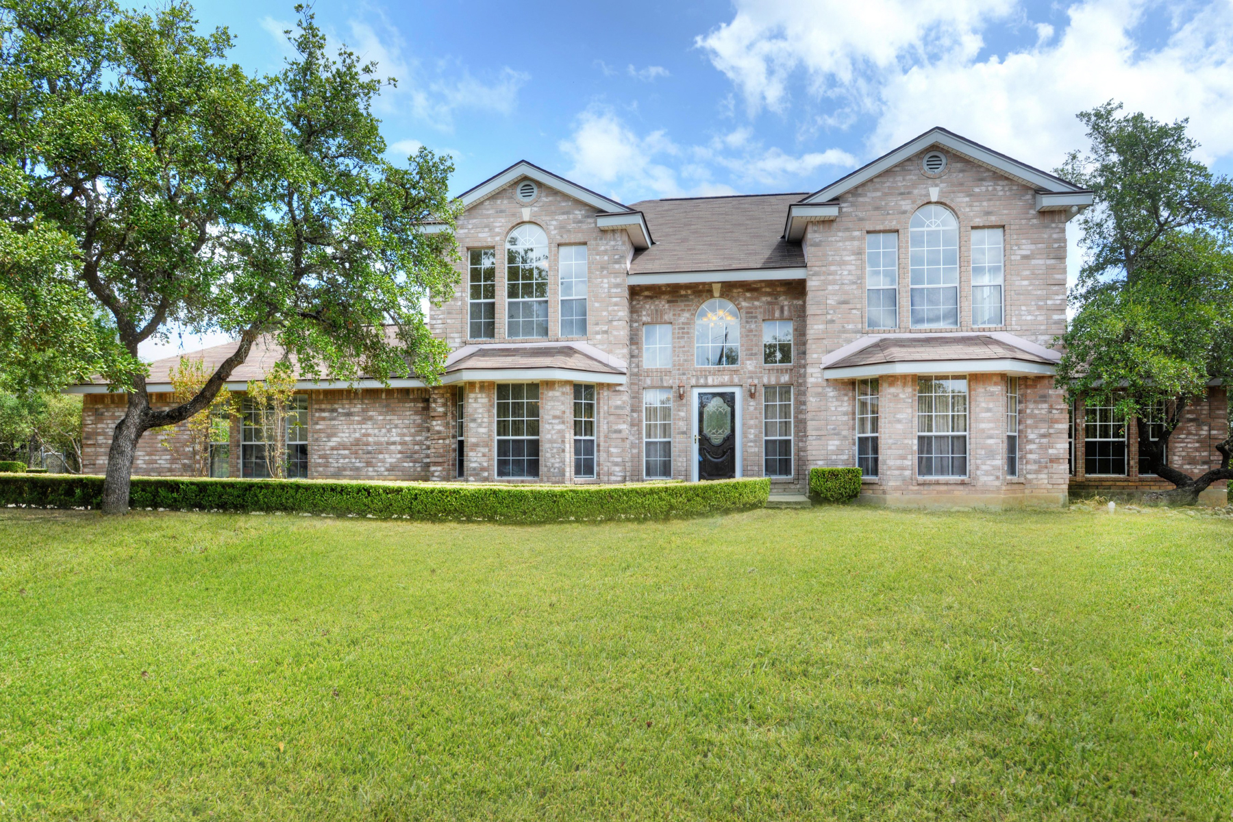 Property For Sale at Pristine Home in Rolling Oaks