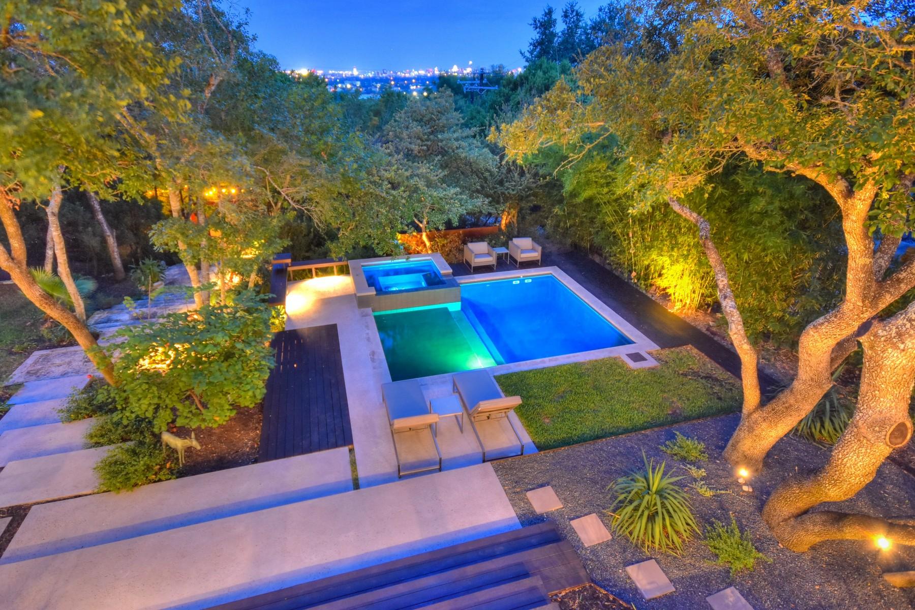 Частный односемейный дом для того Продажа на Fabulous Remodel in Highland Park West 4601 Ridge Oak Austin, Техас, 78731 Соединенные Штаты