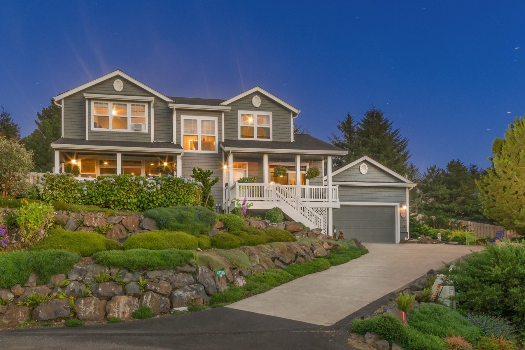 Nhà ở một gia đình vì Bán tại Neskowin Custom Oceanview Home 47350 BEACH HILL Ct Neskowin, Oregon, 97149 Hoa Kỳ