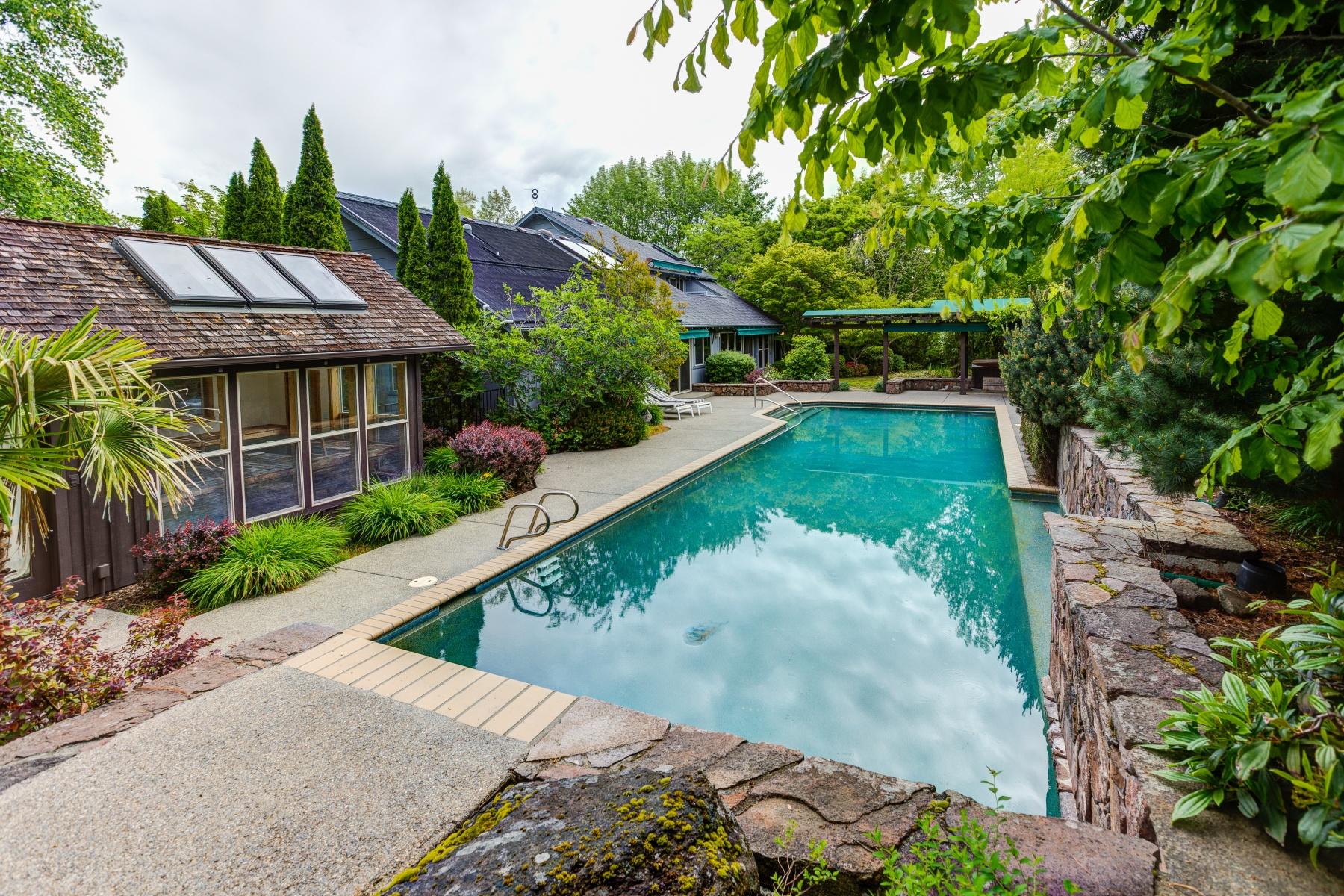 Single Family Home for Sale at 1365 Tolman Creek 1365 Tolman Crk Ashland, Oregon 97520 United States