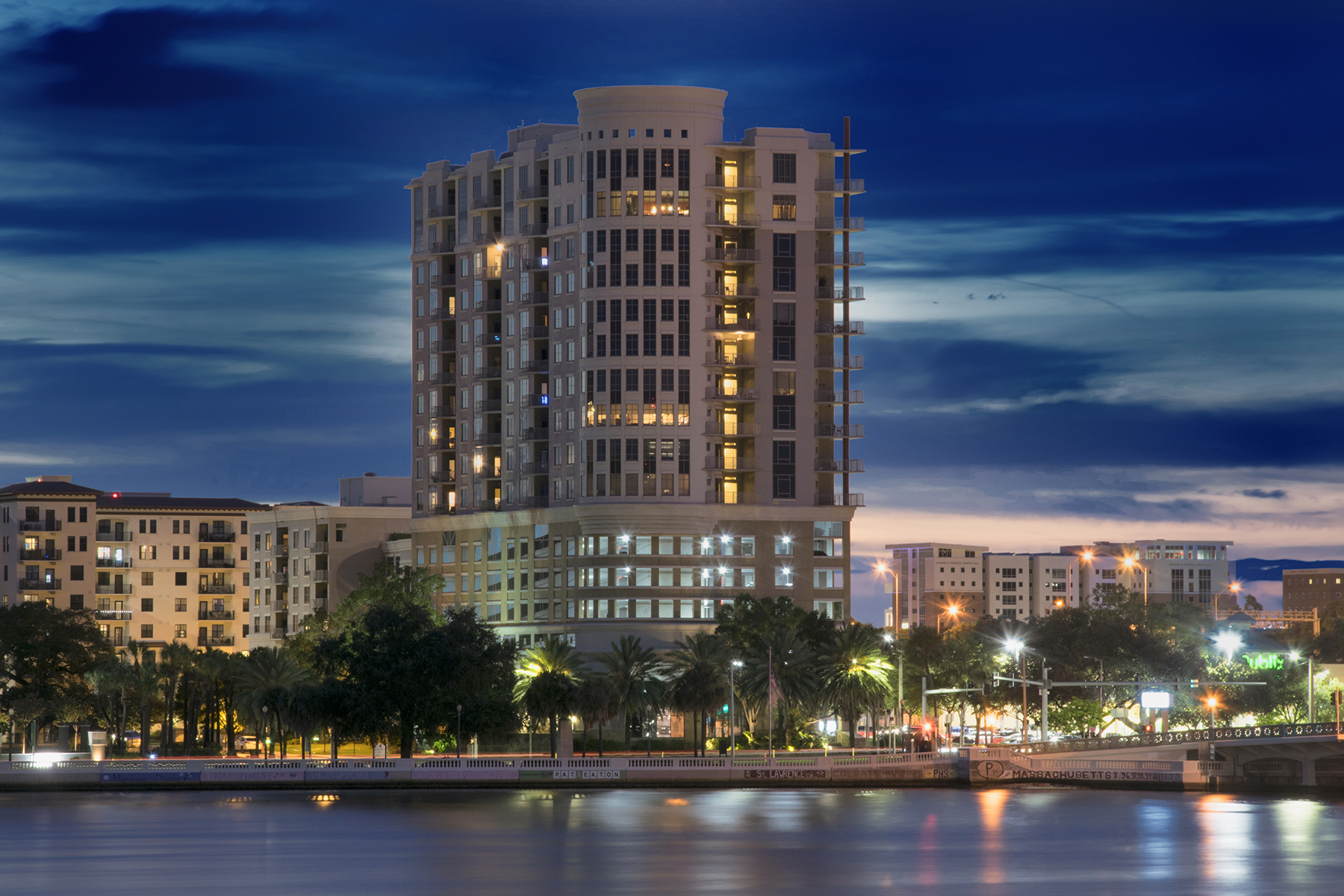 Condomínio para Venda às SOUTH TAMPA 275 Bayshore Blvd 1105 Tampa, Florida, 33606 Estados Unidos