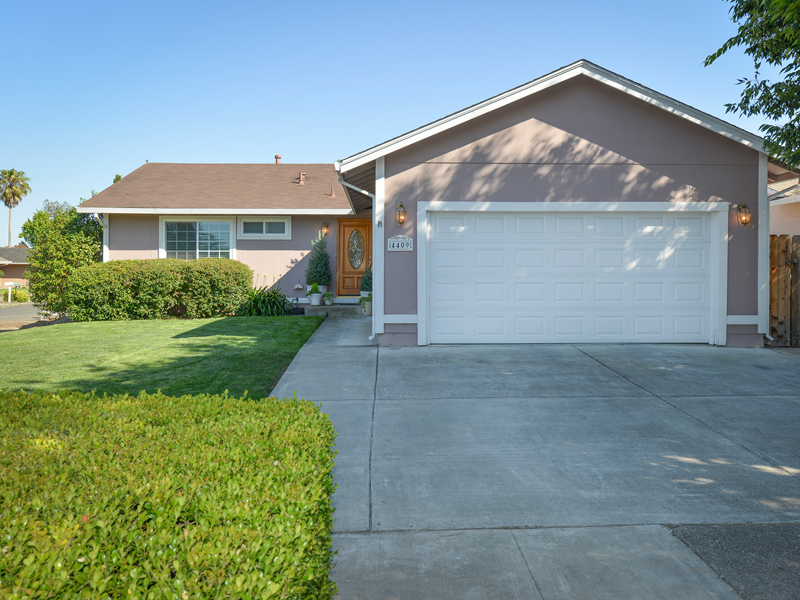 Single Family Home for Sale at 4409 Dove Ct, Napa, CA 94558 4409 Dove Ct Napa, California 94558 United States