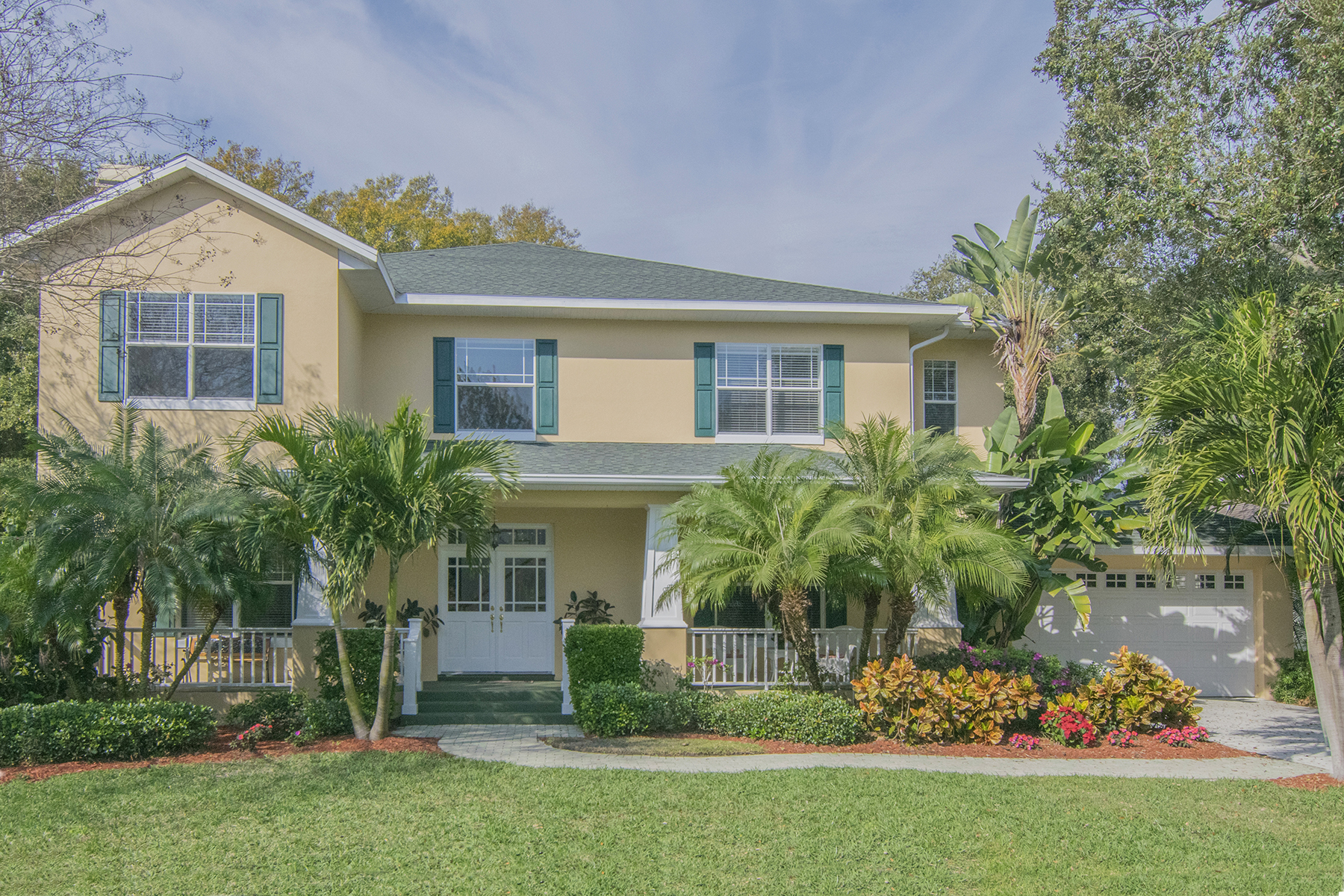 Single Family Home for Sale at SOUTH TAMPA 5405 S Crescent Dr Tampa, Florida 33611 United States