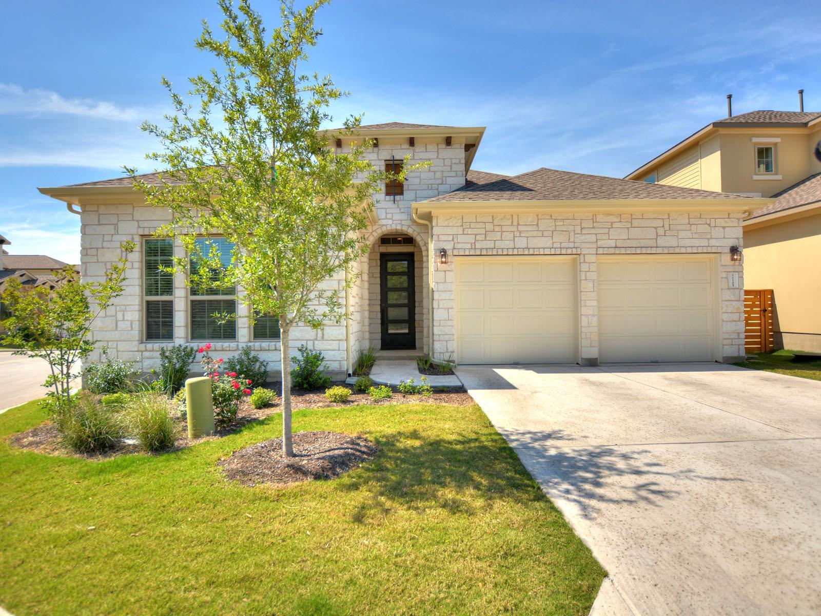 Otros residenciales por un Alquiler en Shows Like a Model 11105 Cut Plains Loop 43 Austin, Texas 78726 Estados Unidos