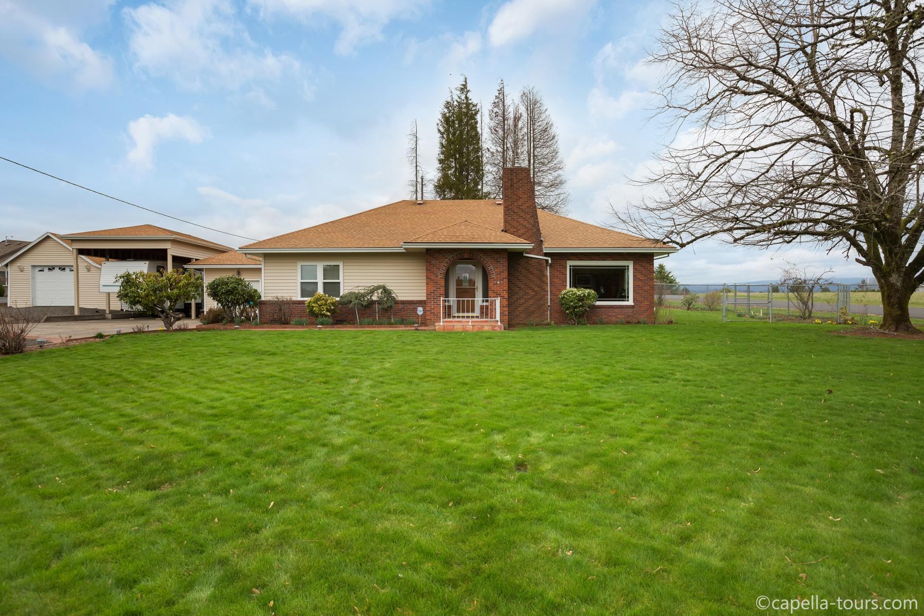 Nhà ở một gia đình vì Bán tại 41415 SE Vista Loop Drive Sandy, Oregon 97055 Hoa Kỳ