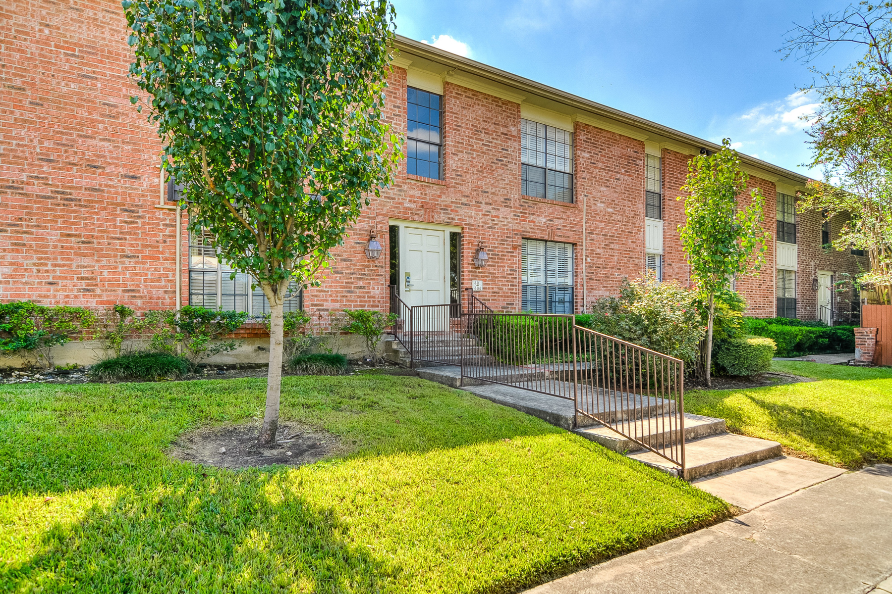 Additional photo for property listing at Great Condo in Hampshire House 7815 Broadway St 407D San Antonio, Texas 78209 Estados Unidos