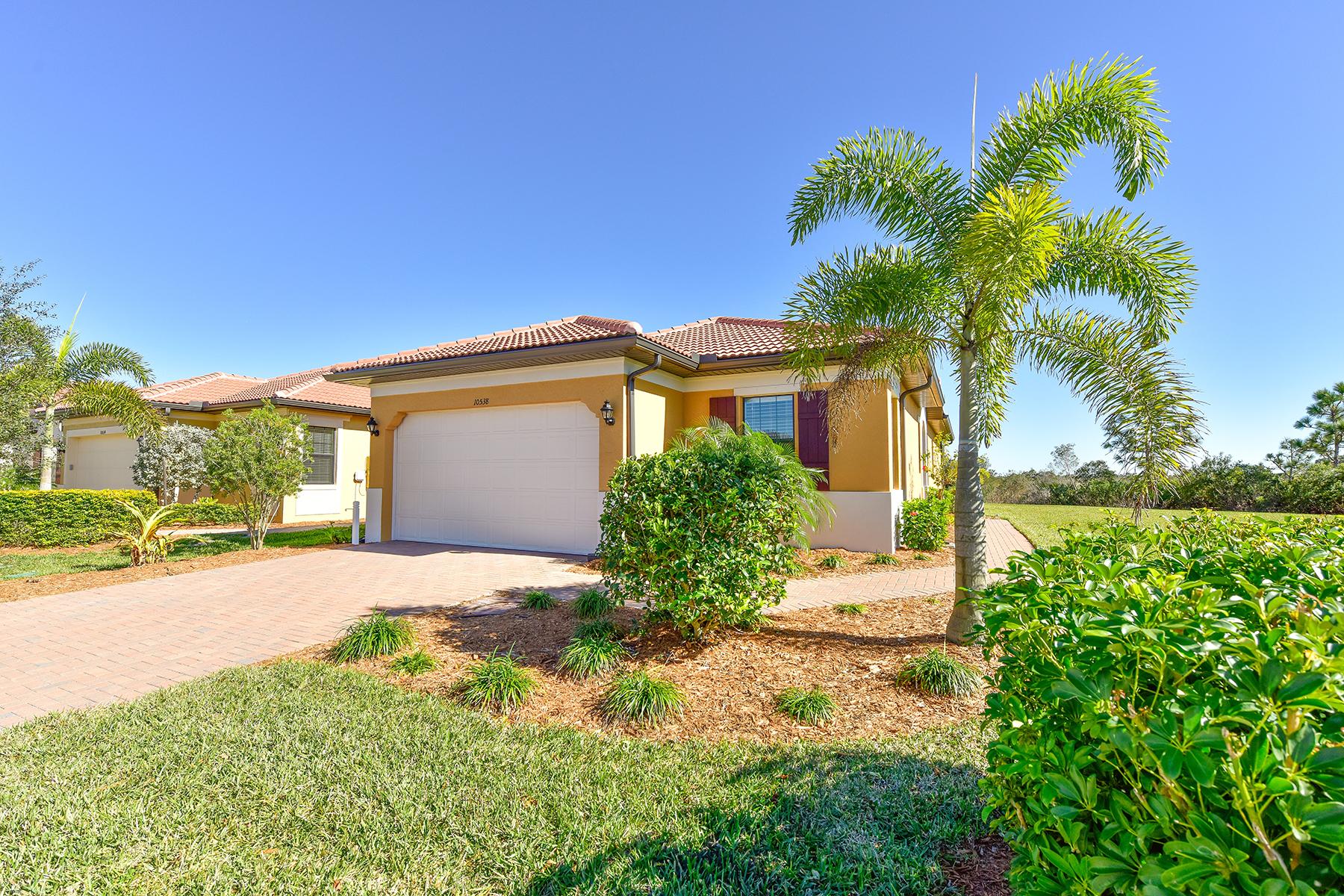 独户住宅 为 销售 在 SARASOTA NATIONAL 10538 Crooked Creek Dr 威尼斯, 佛罗里达州, 34293 美国