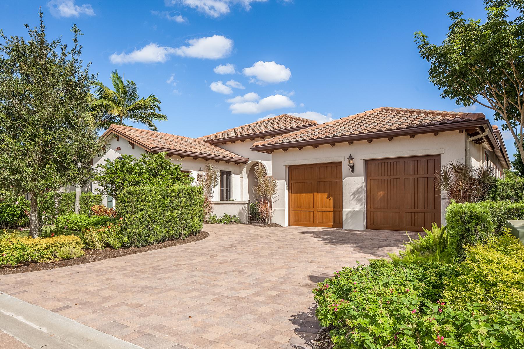 Nhà ở một gia đình vì Bán tại GREY OAKS - TRADITIONS 2224 Residence Cir Naples, Florida, 34105 Hoa Kỳ