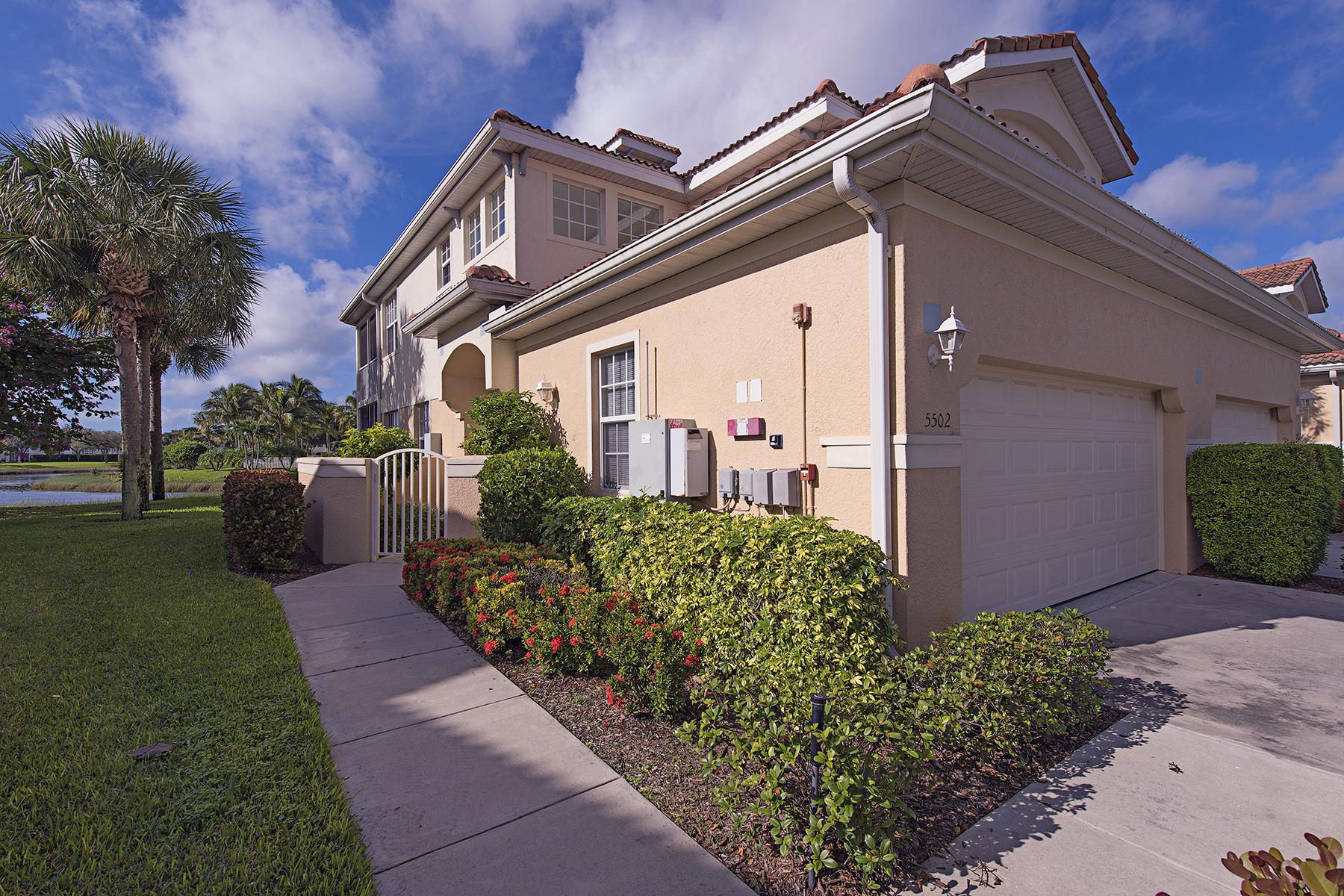 Condomínio para Venda às Naples 3287 Twilight Ln 5502 Naples, Florida, 34109 Estados Unidos