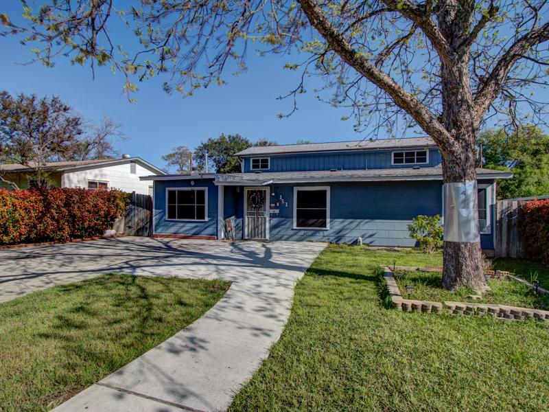 獨棟家庭住宅 為 出售 在 Lovely Home in University Park 151 Bangor Dr San Antonio, 德克薩斯州 78228 美國