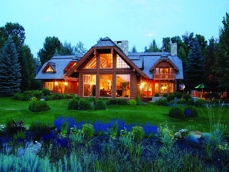 Maison unifamiliale pour l Vente à Live in Your Own Private, 84-acre Wildlife Sanctuary Mid Valley, Hailey, Idaho 83333 États-Unis