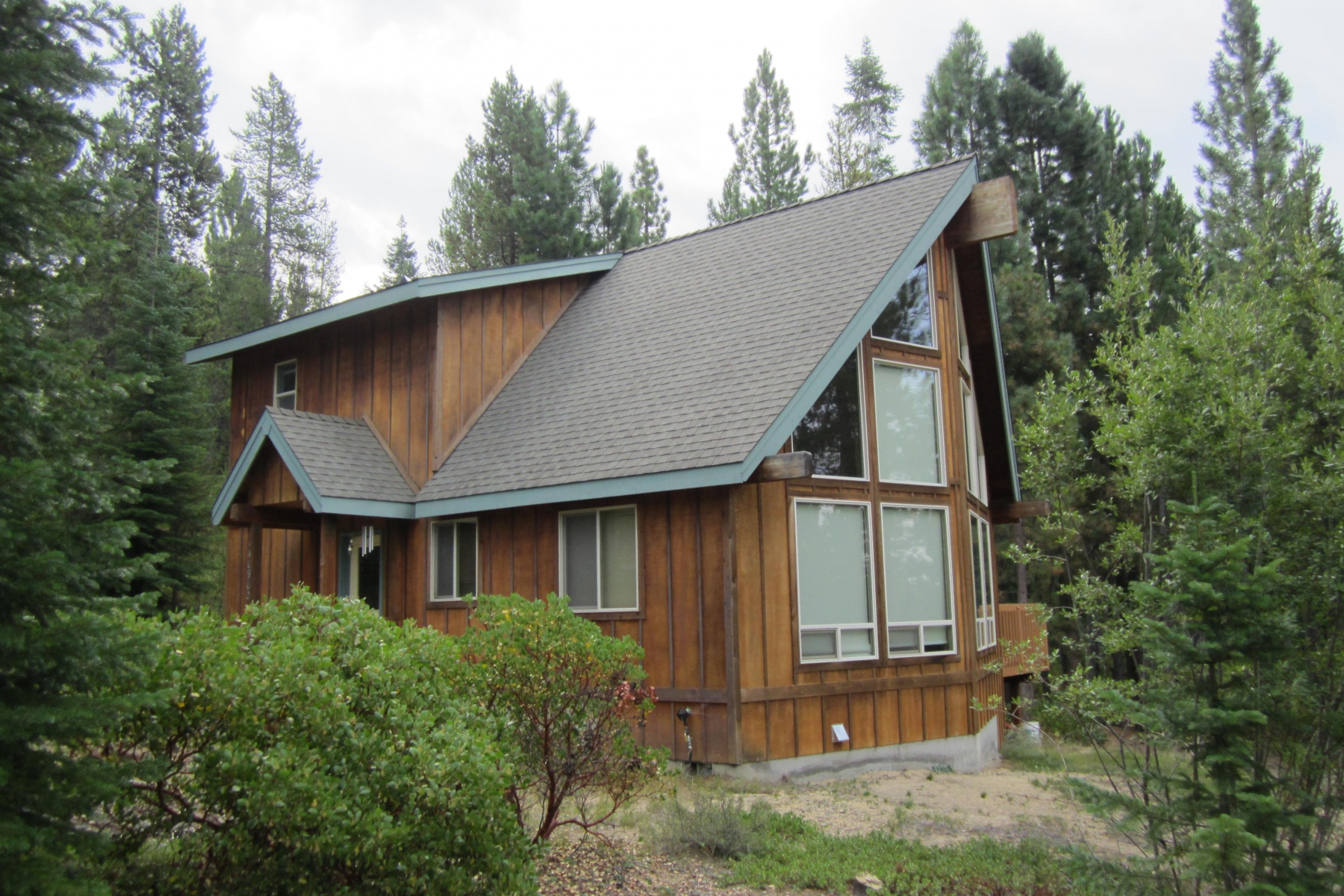 Single Family Home for Sale at 140902 Red Cone, CRESCENT LAKE 140902 Red Cone Dr Crescent Lake, Oregon, 97733 United States