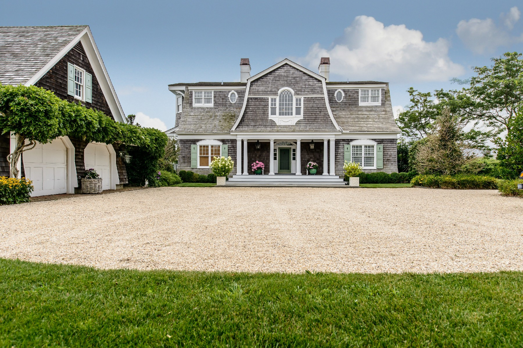 Single Family Home for Sale at Ocean Breezes 557 Daniels Ln Sagaponack, New York, 11962 United States