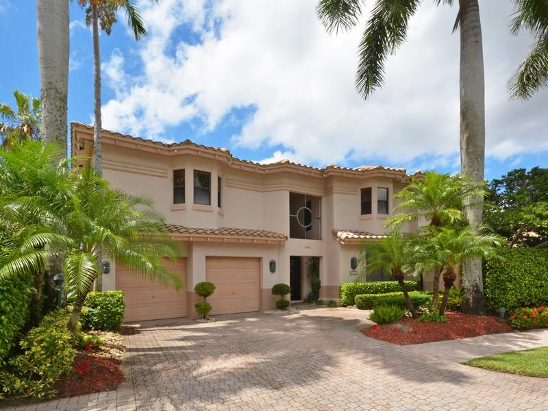 獨棟家庭住宅 為 出售 在 17181 Royal Cove Way , Boca Raton, FL 33496 17181 Royal Cove Way Boca Raton, 佛羅里達州 33496 美國
