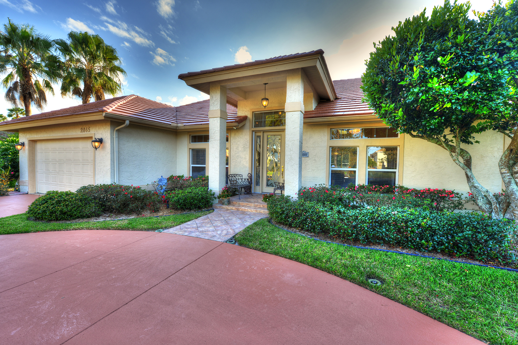 Single Family Home for Sale at PORT ORANGE AND THE BEACHES 2045 Country Club Dr Port Orange, Florida, 32128 United States