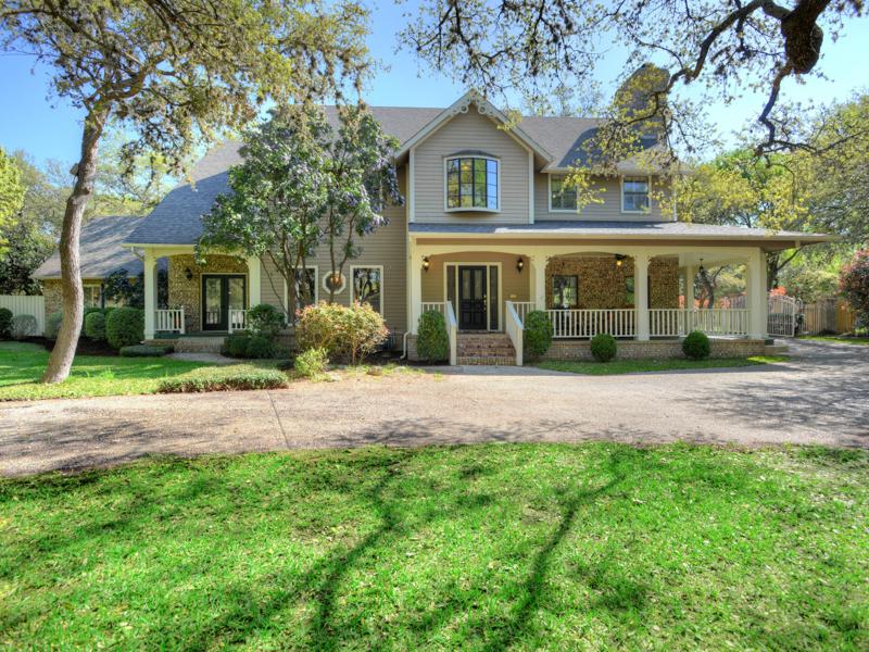 Single Family Home for Sale at Beautiful Shavano Park Home 107 Happy Trl Shavano Park, San Antonio, Texas 78231 United States