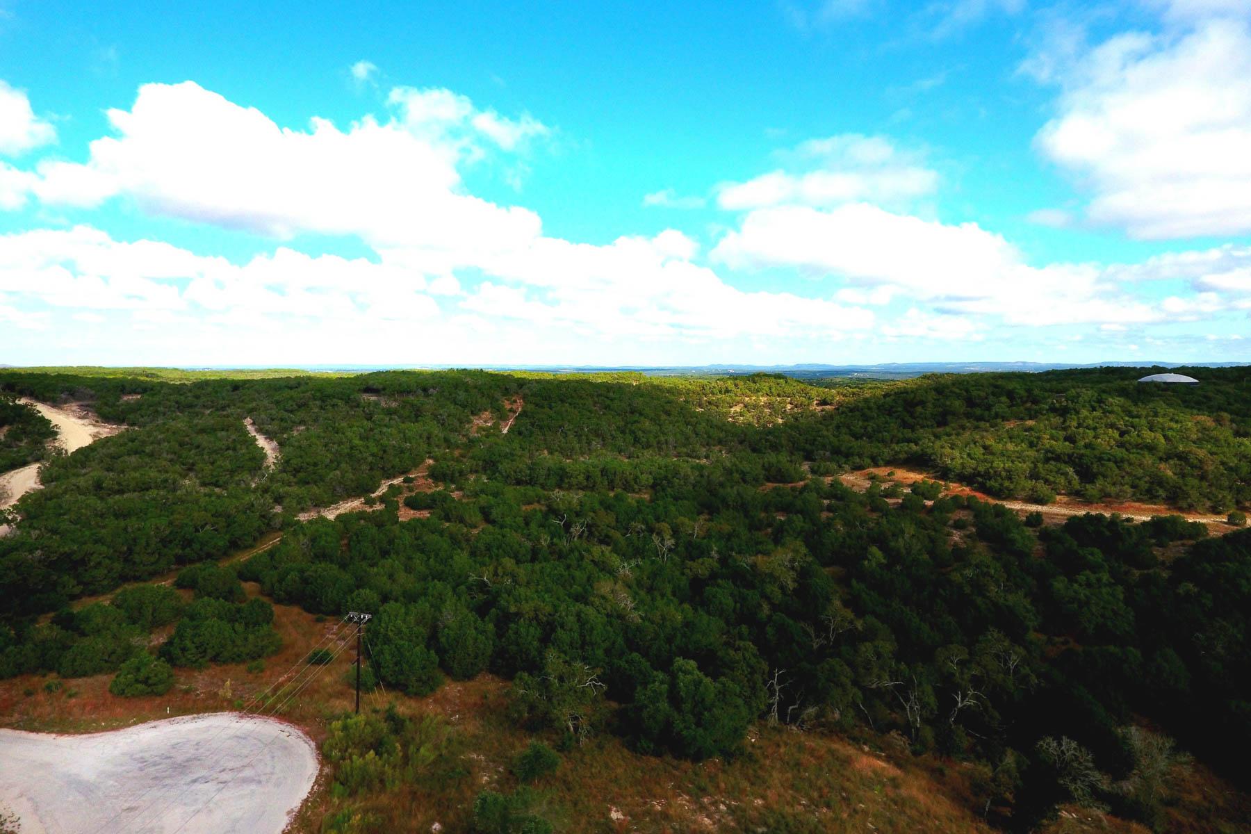 Terreno por un Venta en Guadalupe River Where it Flows into Canyon Lake 1310 Mystic Breeze Spring Branch, Texas 78070 Estados Unidos