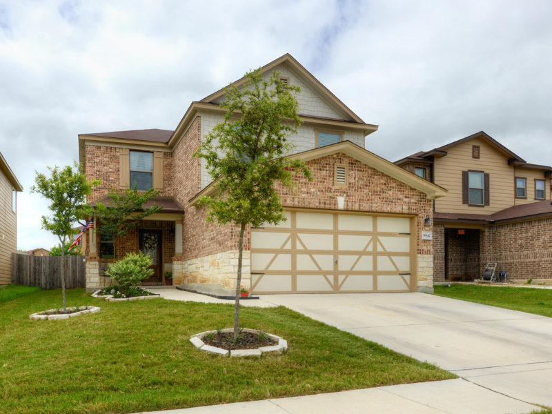 Single Family Home for Sale at Lovely Home in Amber Creek 9842 Balboa Island San Antonio, Texas 78245 United States