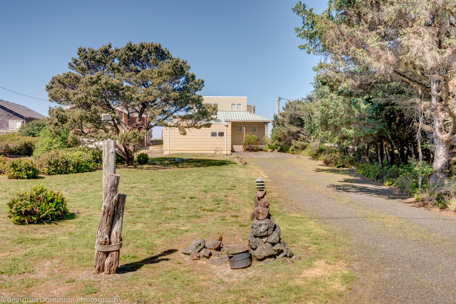 Single Family Home for Sale at 26450 BEACH DR, ROCKAWAY BEACH Rockaway Beach, Oregon, 97136 United States