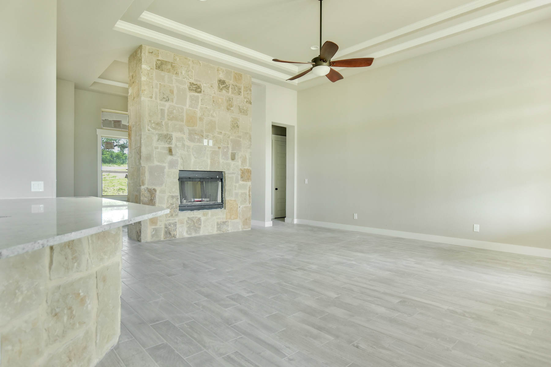Additional photo for property listing at Extraordinary Views from this Gorgeous Custom Home 522 Cantera Ridge New Braunfels, Texas 78132 United States
