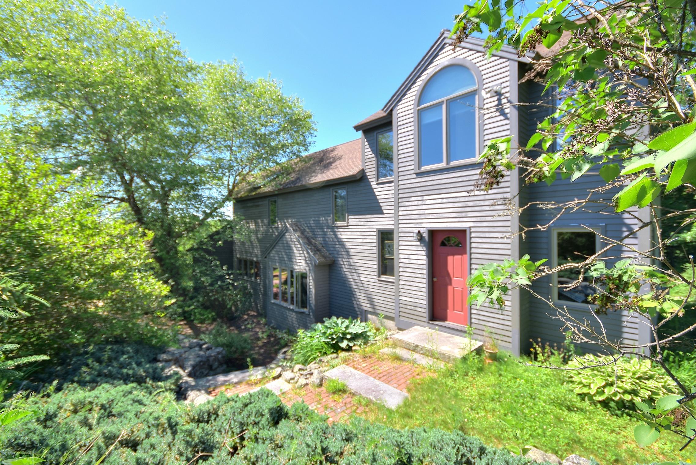 Maison unifamiliale pour l Vente à 41 Rogers Road, Gilmanton 41 Rogers Rd Gilmanton, New Hampshire, 03237 États-Unis