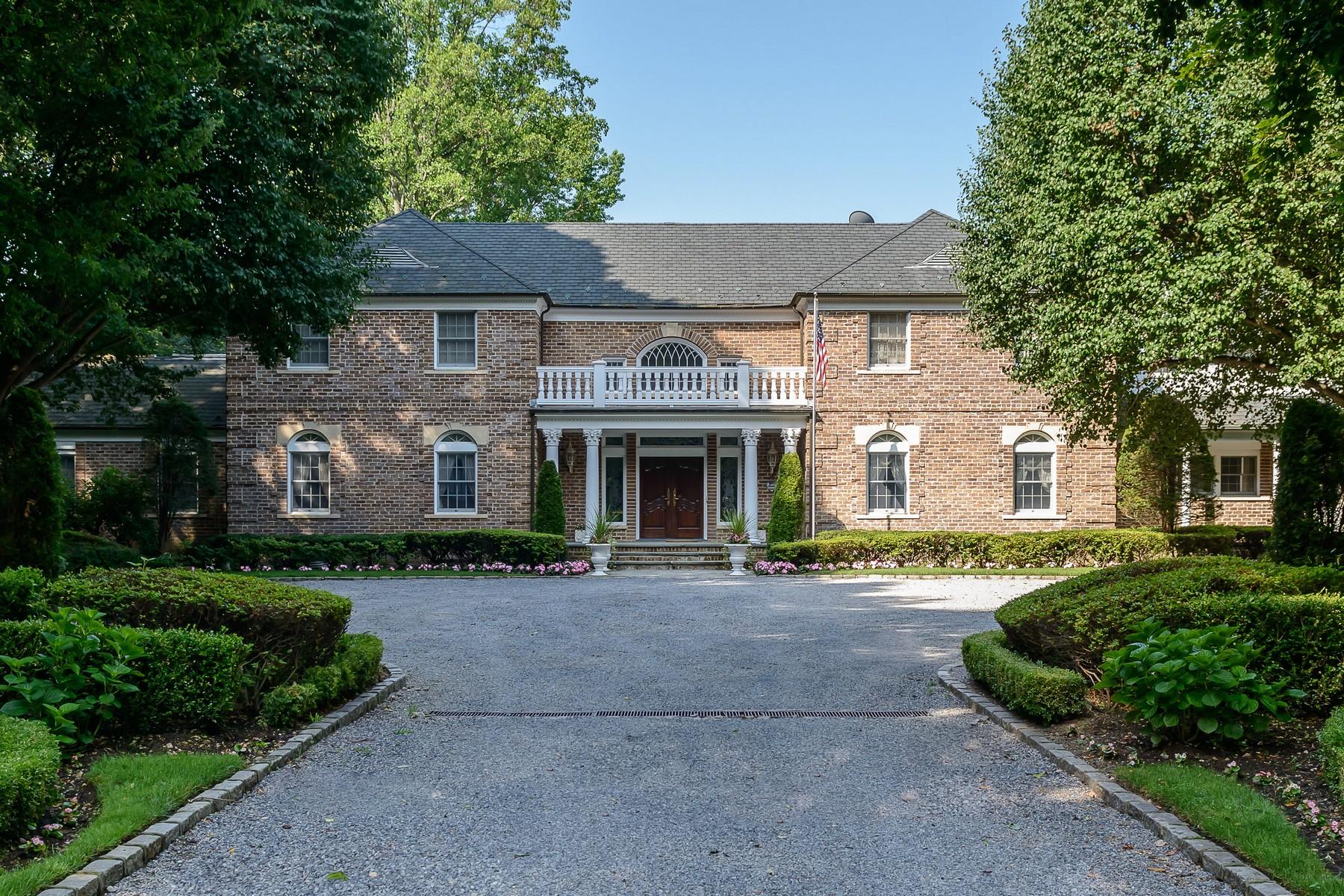 Villa per Vendita alle ore Pink Gardens Lattingtown, New York 11560 Stati Uniti